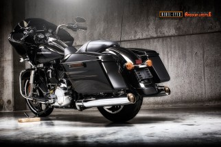 Rebel Eyes Motorcycle Photography specialised in Harley Davidson pictures on location or in rented closed studio