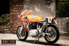 2019 MOTORCYCLE Laverda Bol d'Or 1000 IMAGE Picture of a Bol d'Or 1972 Laverda 3CL 1000 Endurance Racer